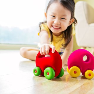 American Rubbabu Natural Latex Masco - - The Mascot Car Grab'em (Red) - - Biodegradable Infant Green Toys