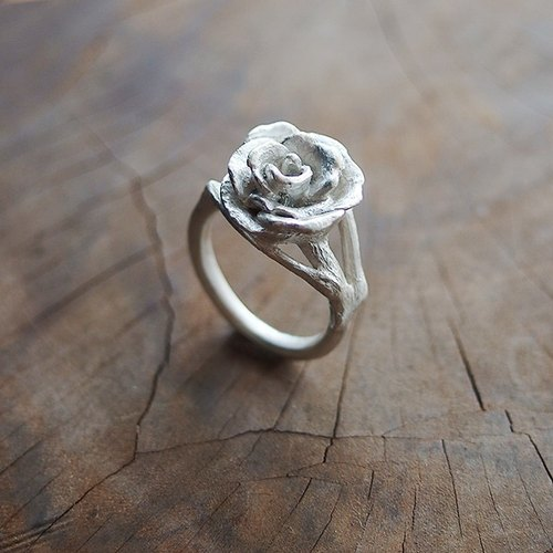 Wild Rose in full bloom silver ring / flower / rose