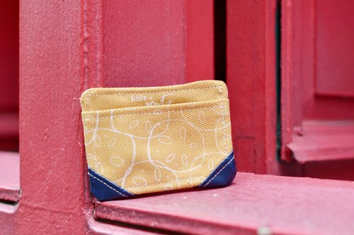 Lotus Root Canvas Card Case
