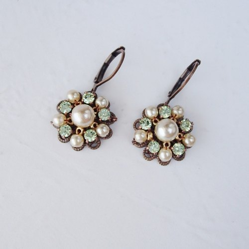 Green Rhinestone Dangle Earrings with Pearls - Jewelry by mdmButiik