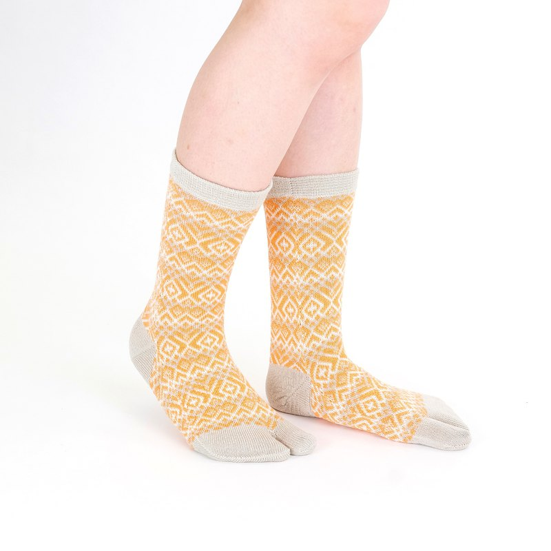 Line Tabi Socks L Size [Orange]
