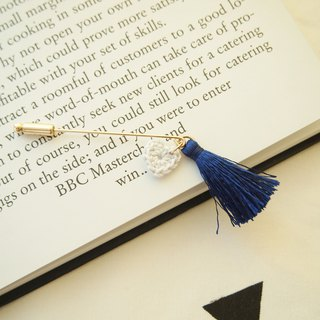 Dark blue tassel with rice white heart shaped brooch