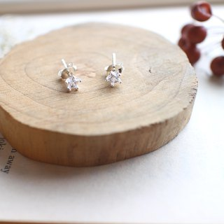 Small stars - sterling silver earrings