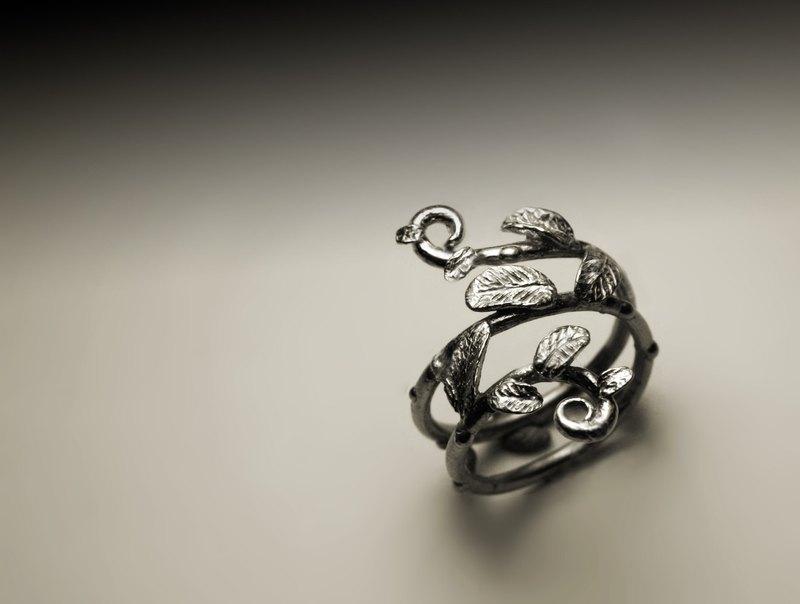 寬樹枝樹葉銀戒指