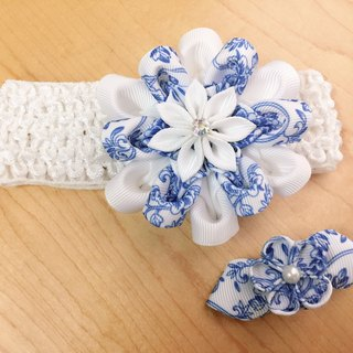 Custom work - wind blue and white flowers group