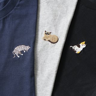 【Make Your Own】Cat Embroidery T-shirt (Customized)