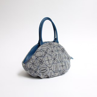 Square square tile embroidery · almond bag