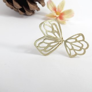Butterfly wings small ring by WABY SHOP