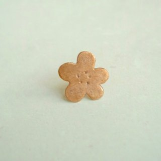 Flower · pin brooch