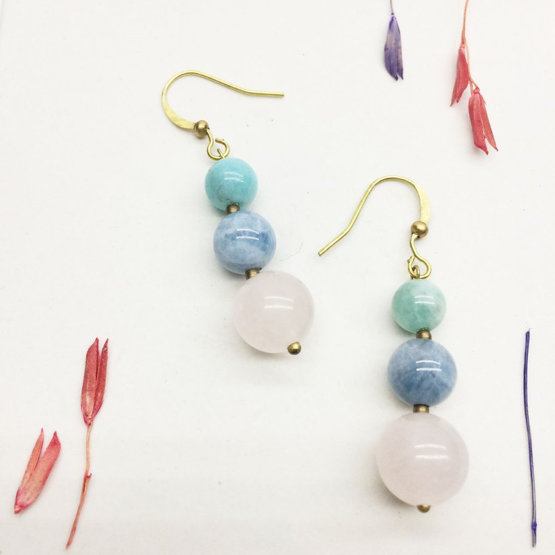 Laolin groceries l natural stone hand made earrings - powder crystal / sea sapphire / Tianhe stone ear hook l ear pin l ear clip