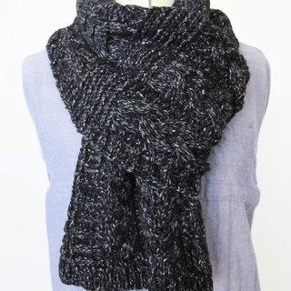 Blue wool scarf (black and white)