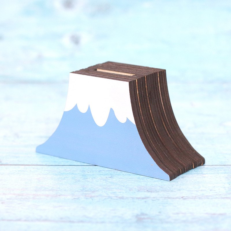 Fujiyama-shaped money bank