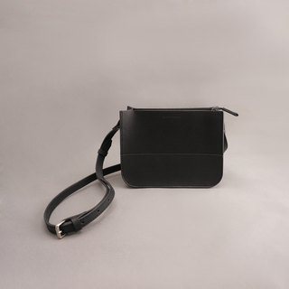 Etta Yate leather carry bag side backpack crossbody / black vegetable tanned leather / handmade bag