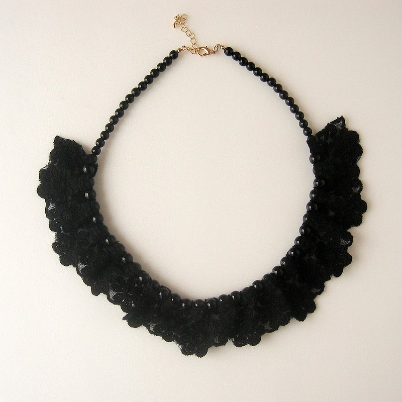 Black flower lace with pearl