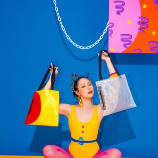 80s design style - geometric contrast color waterproof bag (red and yellow models / transparent models)