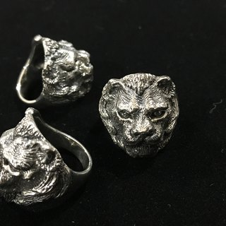 Lion Series, Lioness / Silver Ring