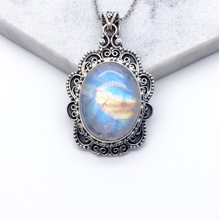 Moonstone Quartz Heavyweight Necklace in Sterling Silver Made in Nepal by hand