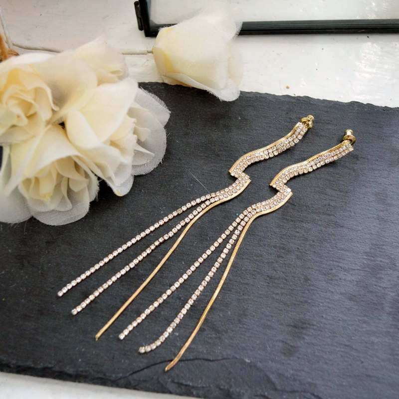 925 Silver Needle Series 18K Gold Plated Lightning Rhinestone Chain Earrings 925 Sterling Silver Stud Earrings Hypoallergenic