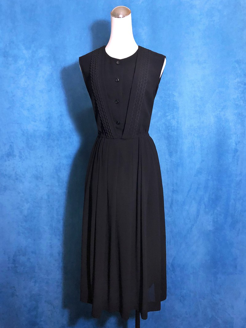 Pure black-trimmed sleeveless vintage dress / brought back to VINTAGE abroad