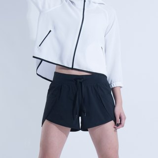 Aine ann / special cut elastic sports shorts - black