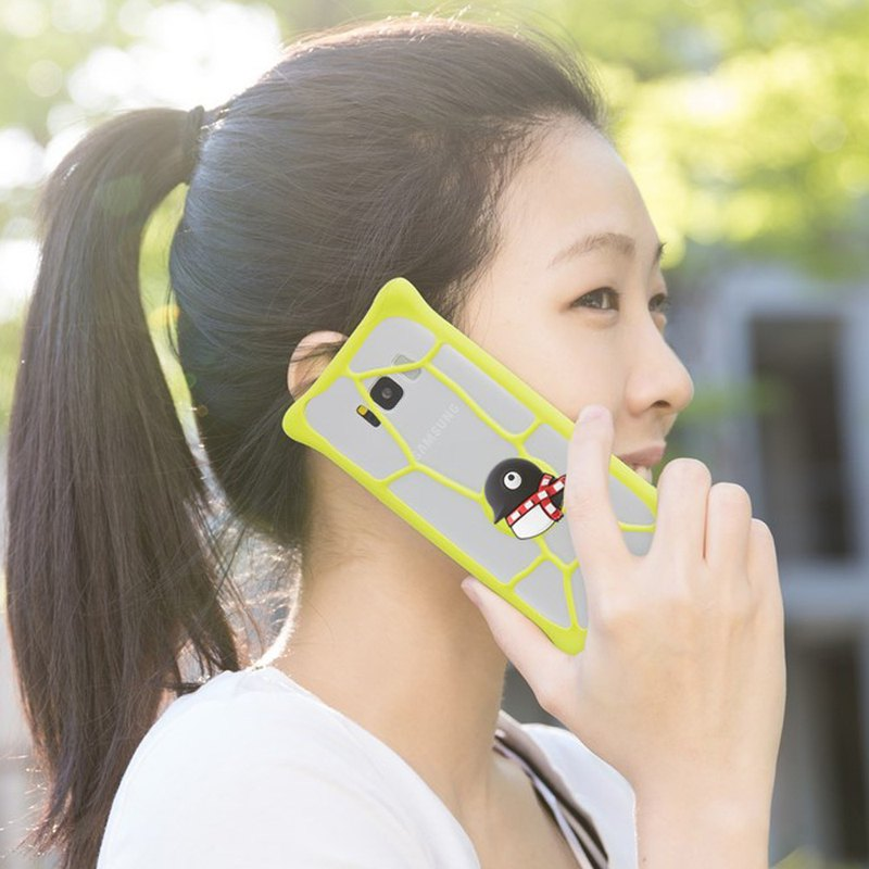 "Bone / Bubble Tie Universal Bubble Cell Phone Case (4.5""-5.2"")"