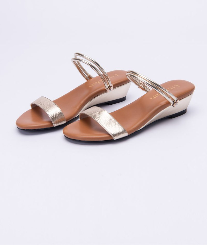 [Parallel time and space] word with diamond 2way stable small wedge sandals _ gold love
