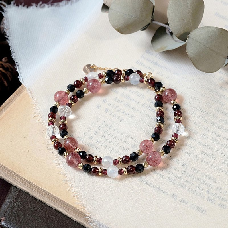 String Series Strawberry Crystal Garnet Moonstone White Crystal Black Spinel Bracelet