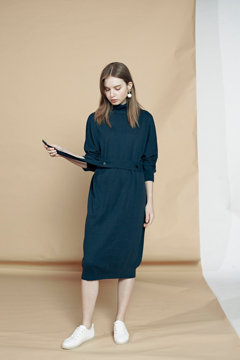 Oversize cashmere-cotton knit dress / Classic Black