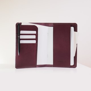 Original Passport Holder - Plum Caspia