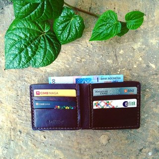 Man Billfold color Dark Brown