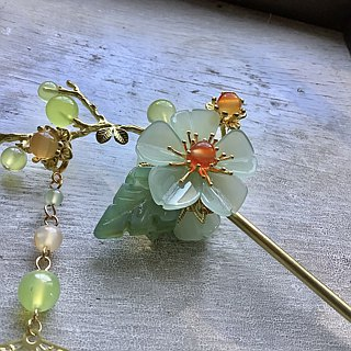 Miao hand ~ Chinese style double-sided hairpin Tao Yao / fruit green / gold (brass)