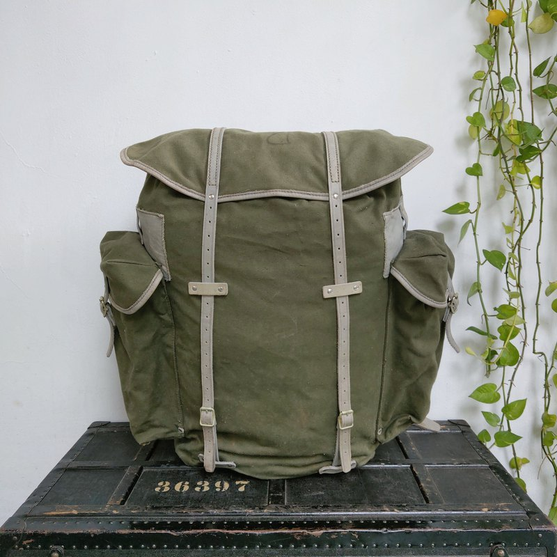 Norway_Military backpack (canvas)_R003_2