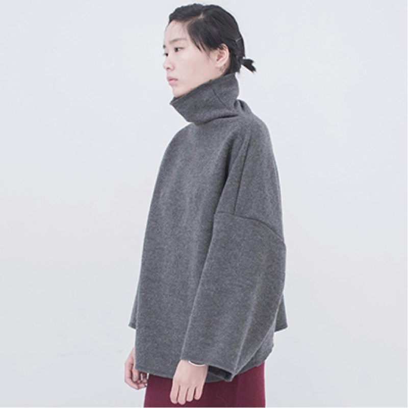 Gray super thick wide-sleeved pullover sweater 95% wool composite fabric high collar large profile front and rear wear