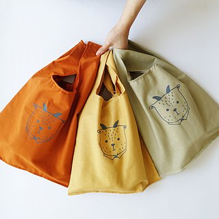 Can accommodate large environmentally friendly shopping bag vest bags