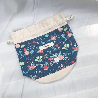 Flowers in water / American Cotton print / Shoulder bag  crossbodies  bucket bag