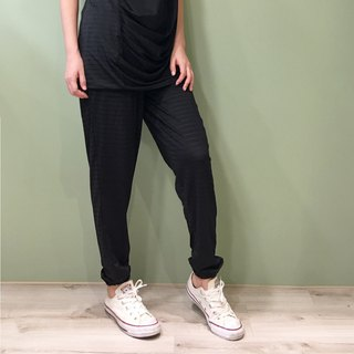 Pant Loosening Pants - Black Stripe