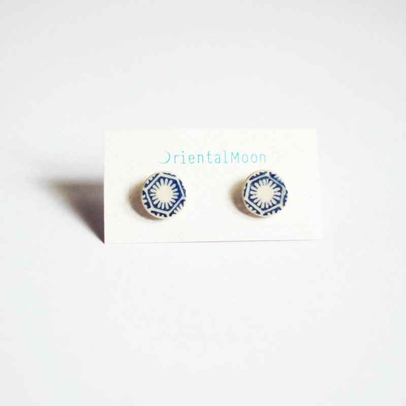 small ceramic earrings stud -ฺ vintage pattern