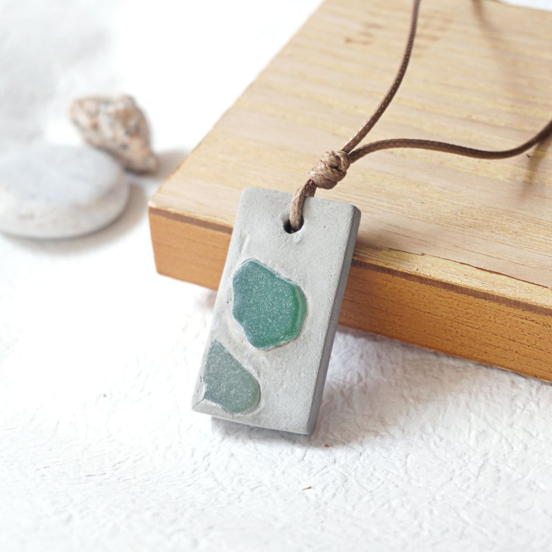 Cement necklace (aroma diffuser) - UPCYCLING, Eco