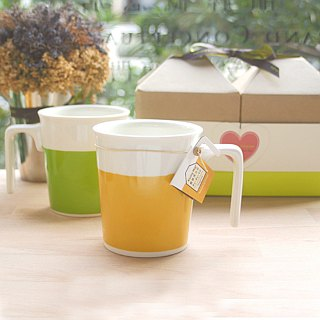 [Drink on the ceremony] sweet orange + Lyme Green kiss mug