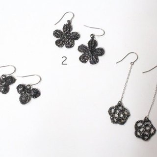 Lacquer of race Petit earrings (earrings)