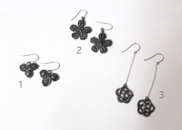 Lacquer Lace Petit Earrings Earrings