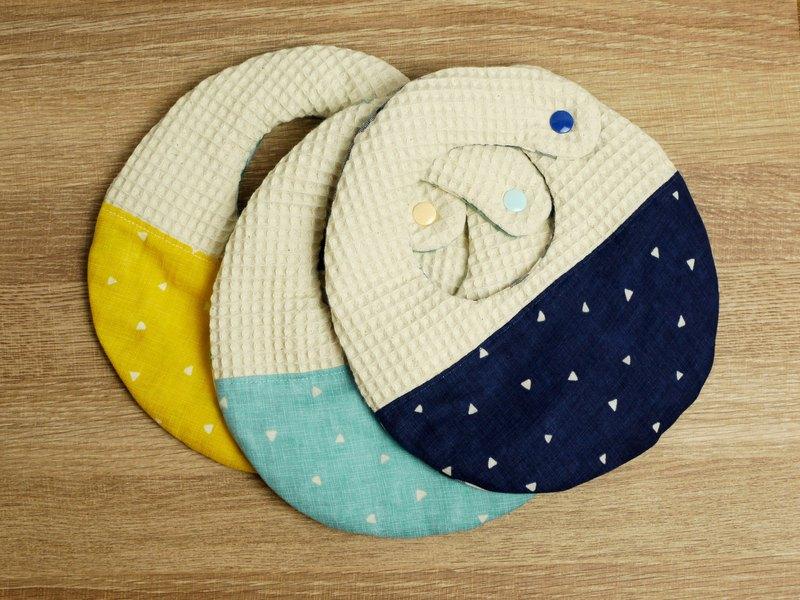 Hello baby系列。八重紗口水巾│圍兜:::幾何三角形