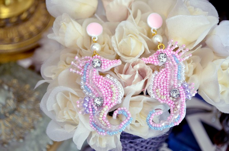 TIMBEE LO Pink Beaded Seahorse Earrings