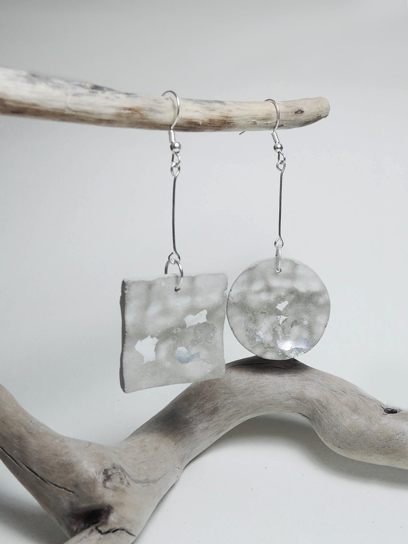Cement Handmade Earrings Earrings - Fluctuating