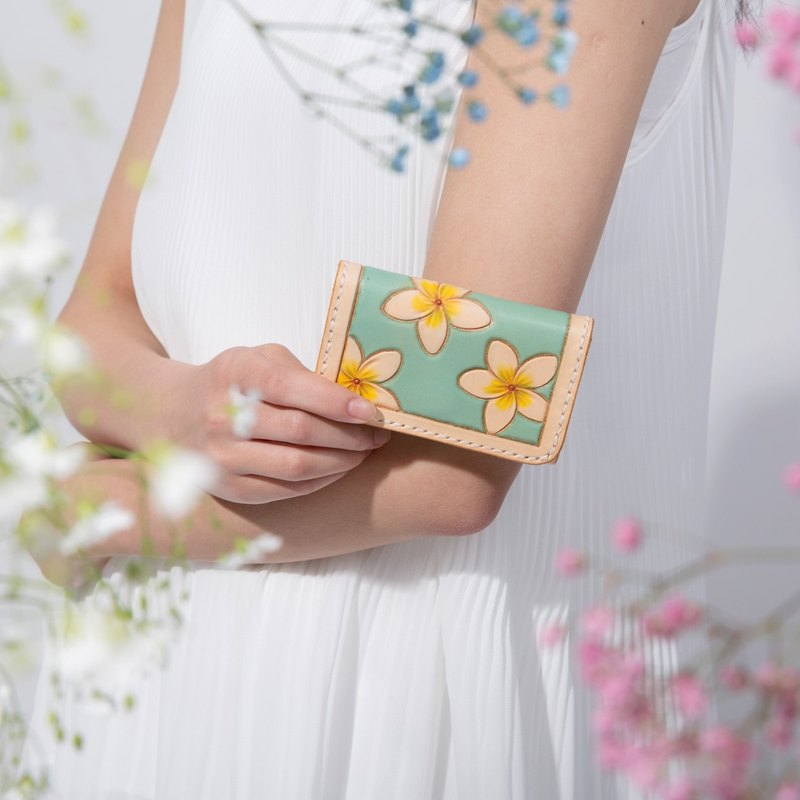 Flower summer Carl hand-carved mint green vegetable tanned leather card package business card package coin bag