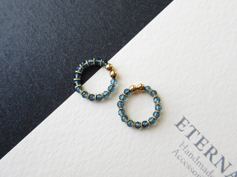 Dyed London blue color topaz and metal beads, tiny hoop earrings 夾式耳環