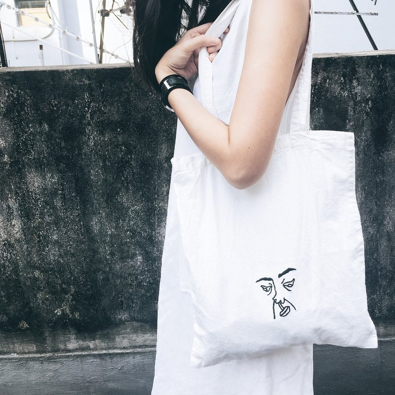 ugly face tote bag / Hand embroidered