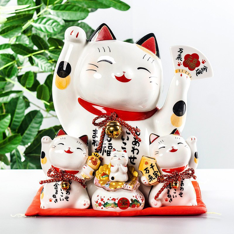 Japanese pharmacist kiln lucky cat decoration opening extra large shop cashier lucky bet money saving piggy bank town shop
