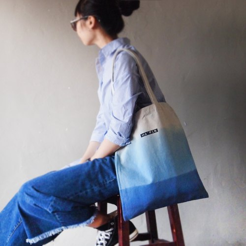 Three generations of New Tot triple blue three blue short strap cotton canvas hand dyed Tote bag