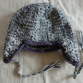 yuoworks / Knit cap with earmuffs / white and gray / wool